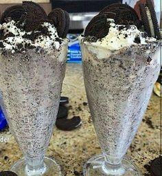 Oreo milkshake @GottaLoveDesss