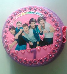 ONE DIRECTION Cake by Sheila's cake creation Essex Uk