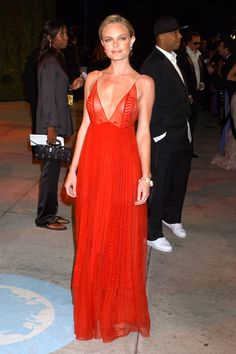 Kate Hudson in Valentino, 2003 Golden Globes - Most Iconic Red Carpet Looks - Harper's BAZAAR