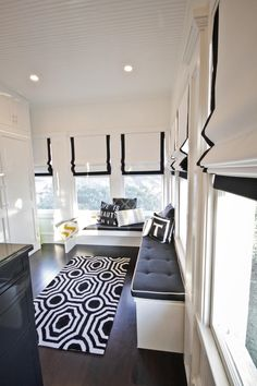 Floor to Ceiling Built in Wardrobes and White Roman Shades in Luxury Dressing Room Black White Curtains, Dressing Room Closet, Modern Hallway, Built In Wardrobe, Contemporary Interior Design, Roman Shades, Entryway Decor, Room Inspiration, Furniture Design