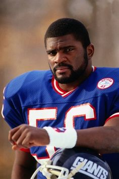 The best outside linebacker to ever play!