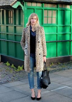 Styling 101: The Leopard Coat - worn with cuffed + distressed skinny jeans, black heels and a leather tote bag