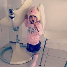 Cute hat .... Pink kids
