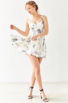 http://www.urbanoutfitters.com/urban/catalog/productdetail.jsp?id=34885996&category=SEARCH+RESULTS