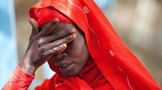 Sudanesa em campo de refugiados em Kutum, Sudão