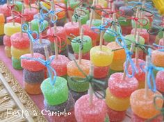 Image about cores in Candy 💓💓💓💓 by Lauren Mathias Padilha Unicorn Birthday, Unicorn Party, 2nd Birthday, Birthday Parties, Candy Table, Candy Buffet, Candy Party, Party Favors, Party Decoration