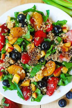Quinoa Salad with Spinach and Fruit