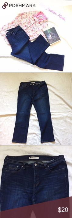 Levi's-505 Straight Leg Jeans Like new condition! Perfect, practically brand new Jeans! They are a 31 waist and 30 inseam. Great for everyday or if you need a good pair of work jeans.Bundle all the items you like, and I will send you a personalized, no obligation, offer!(A) Levi's Jeans Straight Leg
