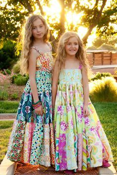 Chelsea Andersen: Bloomshine Maxi...May's PDF Pattern of the month . LOVE these!