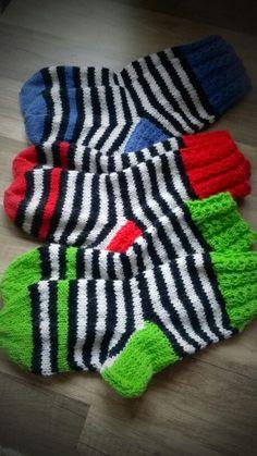 Raitasukkia Boot Cuffs, Knitting Socks, Stockings, Booty, Crafts, Tricot, Knitting And Crocheting, Handarbeit, Knit Socks