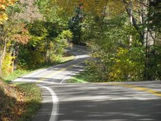 """'Tail of the Dragon' in Great Smoky Mountains among best-known roads.  The 11-mile Tail of the Dragon route at Deals Gap, N.C., is probably the most famous motorcycle road in the country, according to Bill Belei, editor of MotorcycleRoads.com. Indeed, """"The Tail"""" has an amazing 318 curves, many flanked with precipitous drop-offs, creating an exhilarating, unforgettable ride."""