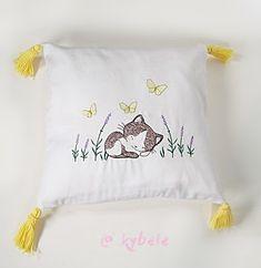 Hier noch ein weiteres Motiv aus unseren Kinderkissen. Nachhaltig aus Liebe zu Mutter Erde... Bed Pillows, Pillow Cases, Recycling, Canvas Fabric, Mother Earth, Sleep Well, Handmade, Pillows, Upcycle