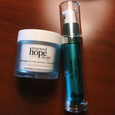 """Products I Love📍 on Instagram: """"Favs! ✅ Enamorada de estos productos!! El moisturizer de @lovephilosophy ($39) es lo máximo!!! Refresca y refina la piel como ningún otro…"""""""