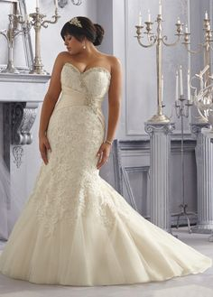 NEW! Stunning Tulle Sweetheart Neckline Raised Waistline Mermaid Plus Size Wedding Dress With Lace Appliques & Rhinestones