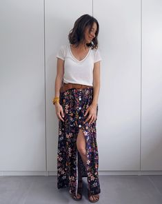 Fashion Looks 524950900316841811 Sewing Clothes, Custom Clothes, Diy Clothes, Diy Jupe, Harry Styles Songs, Plus Size Prom, Handmade Clothes, Rock, Dressing