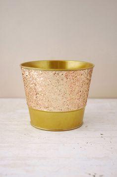 Metal Bucket Glittered Gold 4in