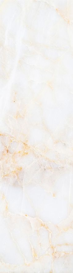 White and gold are a timeless combination. This marble wallpaper design subtly combines these two colours to give a simply decadent feel to your home.: