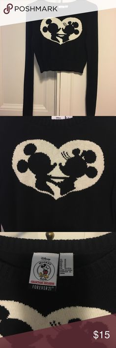 Forever 21 Disney Mickey Minnie crop sweater M Gorgeous Disney Mickey and Minnie cropped sweater in excellent like new condition.  Only used once for a trip to Disney.  Very soft cotton sweater. Forever 21 Sweaters Crew & Scoop Necks