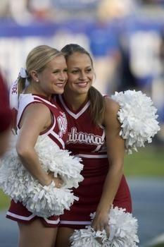 Alabama Crimson Tide cheerleaders
