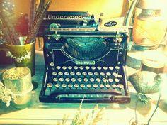 Beautiful old Underwood typewriter