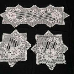 Háčkování Archivy - Strana 149 Z 257 - H - Diy Crafts - Qoster Crochet Table Runner Pattern, Crochet Placemats, Crochet Doily Patterns, Thread Crochet, Crochet Stitches, Crochet Round, Diy Crochet, Crochet Baby, Advanced Embroidery