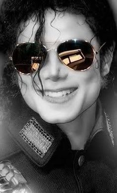 Love the pictures of Michael Jackson in the big sunglasses!