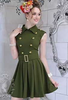 Army Green Double-breasted Dress is awesome but the head sized bouquet is... well... Dumb