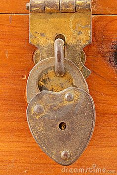 Old Rusted, Heart Lock