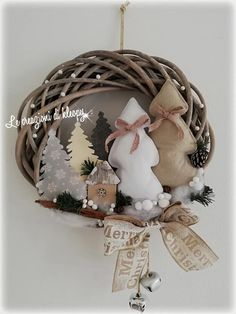 Christmas Tree Decorations, Christmas Wreaths, Christmas Ornaments, Holiday Decor, Christmas Ideas, Bridesmaid Flowers, Bridesmaid Gifts, White Christmas, Vintage Christmas