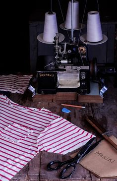 Σοκολατο – Ποντικάκι!   NEANIKON Turntable, Menswear, Record Player, Men Wear, Men's Clothing, Men's Fashion, Men's Apparel, Men Clothes