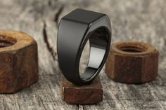 Lourd x Matte Black Tungsten ring. I'm not a fancy man; I just want something attractive and functional. Wedding band replacement.