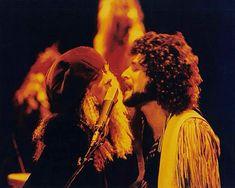 Stevie Nicks and Lindsey Buckingham, Fleetwood Mac Stevie Nicks Lindsey Buckingham, Buckingham Nicks, Look Vintage, Vintage Ladies, Stephanie Lynn, Stevie Nicks Fleetwood Mac, Her Music, Music Music, Look At You