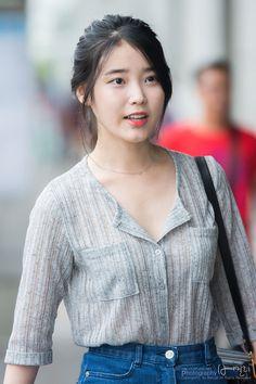 140718 김포공항 출국 아이유 직찍 by 버칼리
