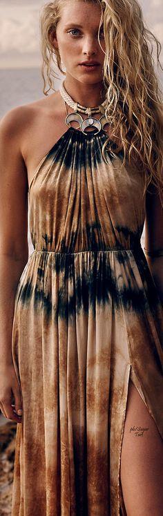 Hippie Boho bohemian gypsy tati tati style dress in brown colour. For more followwww.pinterest.com/ninayayand stay positively #pinspired #pinspire @ninayay