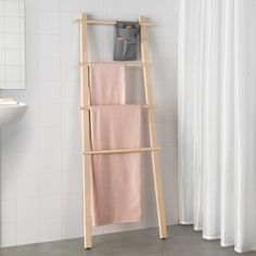 IKEA VILTO towel stand Easy to keep clean as the fabric can be removed and washed. Clothes Stand, Clothes Rail, Hemnes, Bathroom Shelving Unit, Bathroom Cabinets, Open Wardrobe, Wet Floor, Linen Storage, Coat Stands