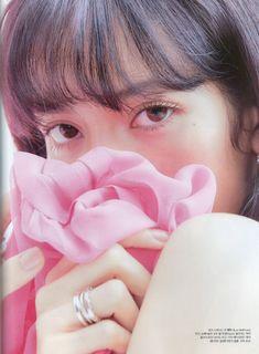 두유🍦 (@i60808) / Twitter Lisa Blackpink Wallpaper, Cute Girl Photo, Great Photographers, Blackpink Lisa, Mona Lisa, Juni, Cover Photos, Korean Girl Groups, Instagram Fashion