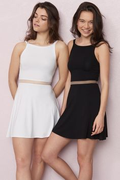 Way better than a belt Sporty Mesh Waist Fit & Flare Dress New Outfits, Cool Outfits, Summer Outfits, Garage Clothing, Princess Kate Middleton, Blouse Styles, Fit Flare Dress, Passion For Fashion, Short Dresses