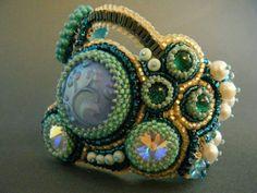 Kinga - Armband - grün - hellblau - Perlen - Rivolis