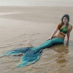 Mermaid Sirenia.  Photo via Finfolk Productions on Instagram.