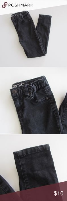 Cherokee Girls Black Skinny Jeans Cherokee Girls Black Jeans  Condition: Preowned but in excellent condition.  Color: Black Wash  Type: 76% Cotton / 22% Polyester / 2% Spandex  Size: Girls 6  Brand: Cherokee Cherokee Bottoms Jeans