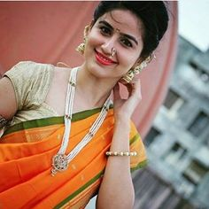 Pretty makeup ideas for this year. Beautiful Girl In India, Beautiful Girl Image, Beautiful Saree, Beautiful Indian Actress, Beautiful Actresses, Beautiful Women, Beautiful Girl Wallpaper, Cute Beauty, Real Beauty
