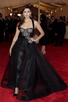 Nina Dobrev in Monique L'hullier at the 2013 Met Gala