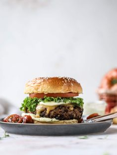 This is the best ever veggie burger and that is not an exaggeration! It's delicious, full of texture and chew, super satisfying and actually sticks together in the pan. You can serve it on buns, make a patty melt, a salad or lettuce wraps - perfection! Best Veggie Burger, My Burger, Beef Burgers, Veggie Food, Veggie Burger Patty, Vegetarian Burger Patties, Quinoa Veggie Burger, Best Burger Recipe, Mini Burgers