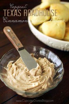 Copycat Texas Roadhouse Cinnamon Honey Butter #copycat #recipe #texasroadhouse #butter