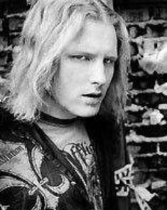 How young. Taylor Stone, Slipknot Corey Taylor, Life Without You, Rock Groups, Ozzy Osbourne, Music Stuff, Music Bands, Rock N Roll, Sexy Men