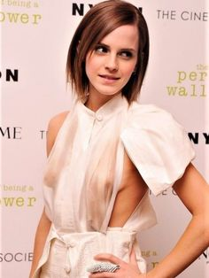 Emma Watson – leaked nude pictures, sex diary and sex tape – Celebrity Sex Stories at Leaked Diaries Emma Watson Sexy, Lucy Watson, Emma Watson Beautiful, Emma Watson Sexiest, Emma Watson See Through, Amazing Women, Beautiful Women, Manequin, Ta Tas