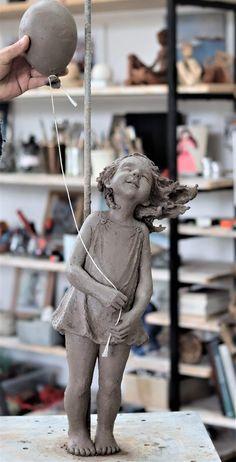 Sculptures Céramiques, Art Sculpture, Sculpture Ideas, Arte Fashion, Sculpture Techniques, Contemporary Sculpture, Paperclay, Clay Art, Ceramic Art