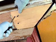 Fix a Rotting Soffit in 7 Steps - Old House Journal Magazine Home Roof Design, Vinyl Siding Installation, Diy Gutters, Homemade Cleaning Supplies, Cleaning Hacks, Roof Trim, Diy Household Tips, Wood Repair, House Journal