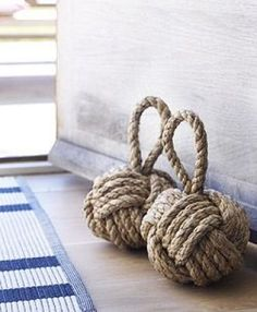 Rope ball door stops Nautical Knots, Nautical Home, Nautical Bedroom, Coastal Style, Coastal Decor, Coastal Living, Coastal Bedrooms, Diy Doorstop, Les Hamptons