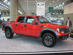 I absolutely am keen on this colouring scheme for this lifted ford Raptor Truck, Svt Raptor, F150 Truck, Ford Raptor, Pickup Trucks, Ford Svt, First Time Driver, Best Car Insurance, Used Ford